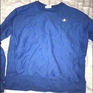 blue crewneck champion sweatshirt